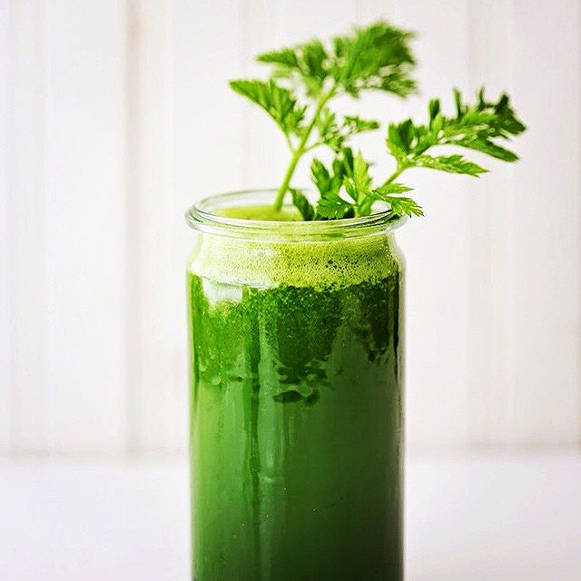 Green Goodness Kale, Apple Spinach And Celery Juice