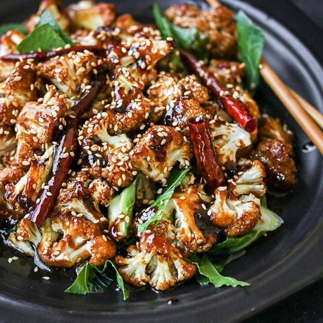 General Tso's Cauliflower! This recipe will convert just about anybody into a cauliflower lover…