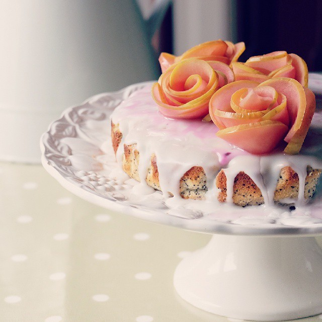 Lemon Poppy Seed Cake With Naurally Dyed Apple Roses