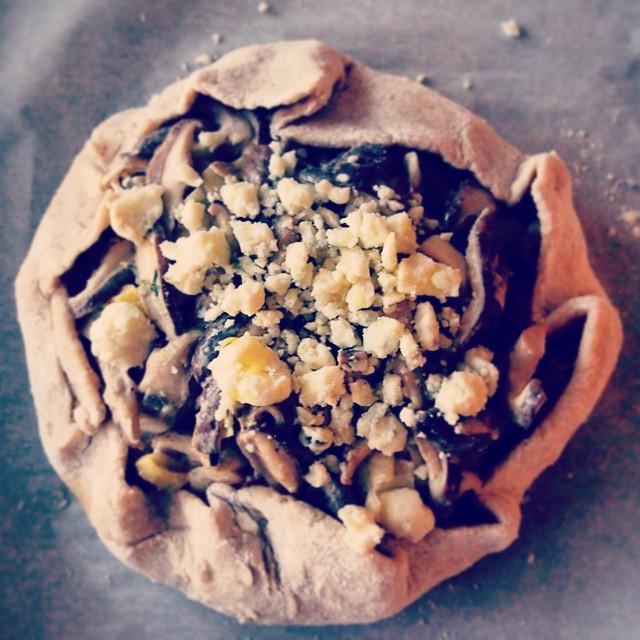 Mushroom & Leek Galette With Gorgonzola