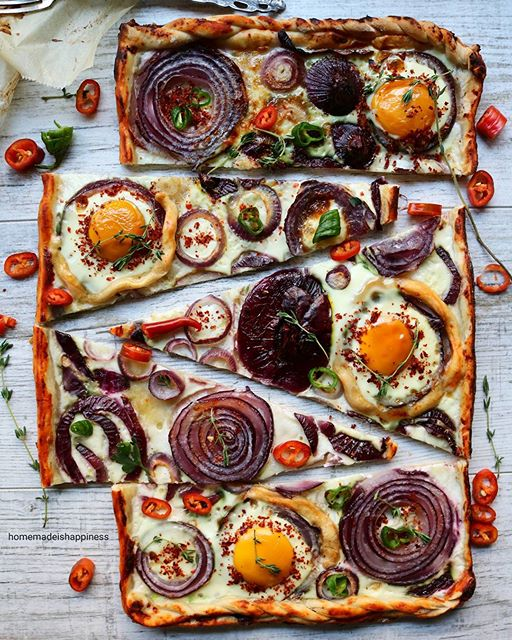 Pide Pizza With Egg, Onion Pepper And Thyme