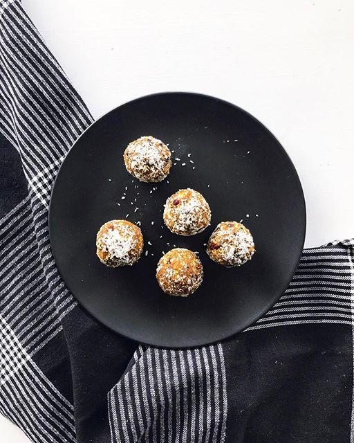 Turmeric Antioxidant Bliss Balls