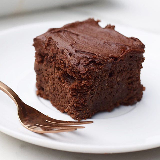 In honour of national chocolate cake day, here's the only grainless chocolate cake recipe you need…