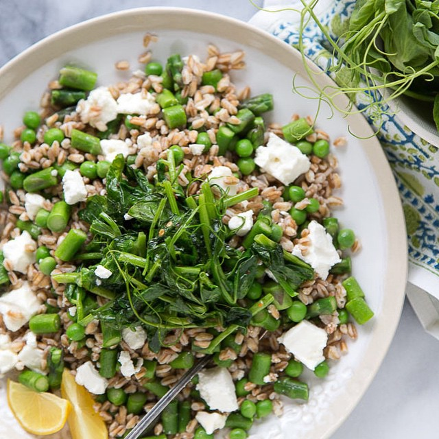 Simple Spring Pea Farro Salad