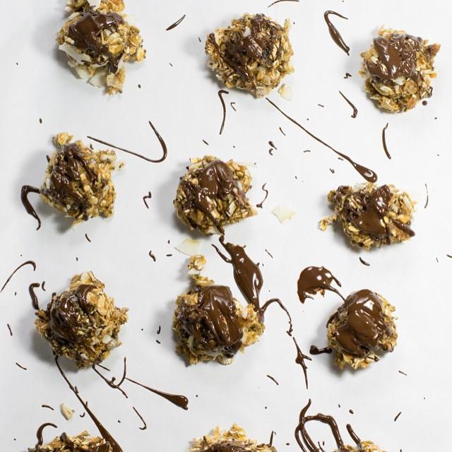 Muesli Chia Seed Energy Bites