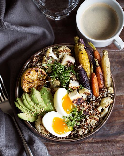 it's loaded with quinoa, roasted carrots and cauliflower seasoned with za'atar, soft-boiled eggs…