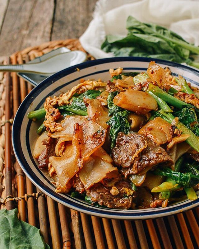 Thai classic Pad See Ew is wonderfully chewy rice noodles and tender hunks of beef in all their…