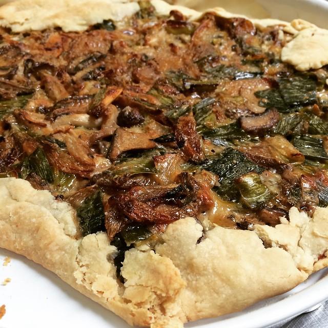 Leek & Gruyere Crostada With Caramelized Shallots, Leeks, Mushrooms & Crême Fraîche