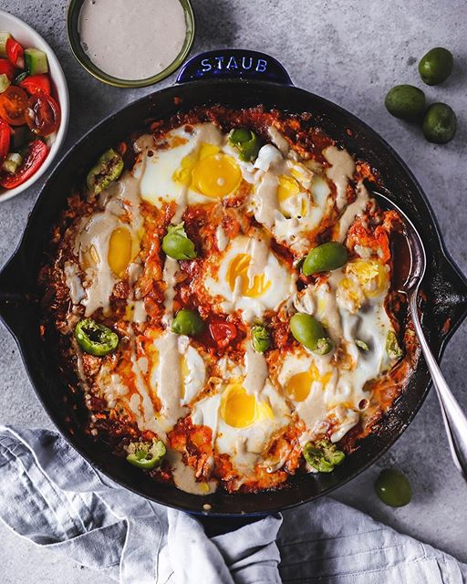 Today's shakshuka included healthy drizzles of home-made tahini, handfuls of castelvetrano olives…