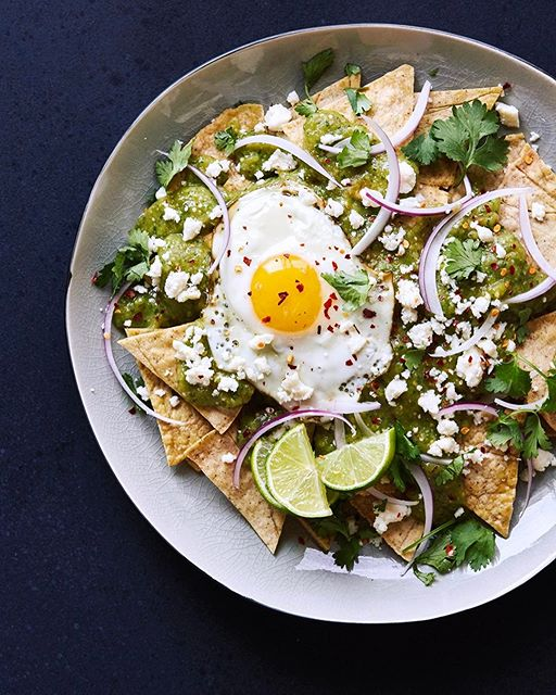 Saturday brunch is on with these Grain-free (& corn-free) Chilaquiles with Salsa Verde. I make ours…