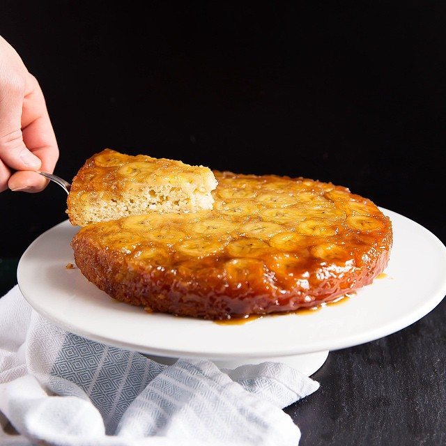 Banana Upside Down Cake With Caramelized Crust