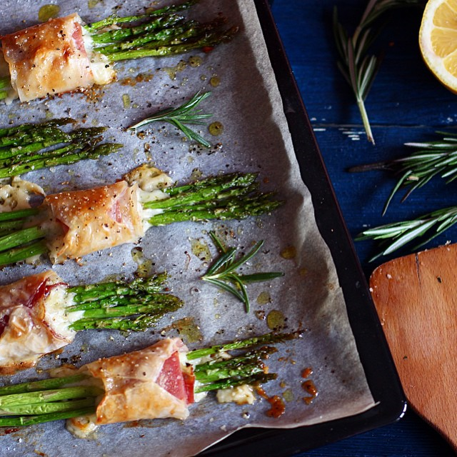 Baked Asparagus With Parma And Parmigiano