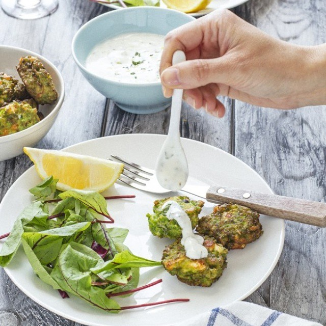 Pea And Feta Fritters With Yogurt Mint Sauce