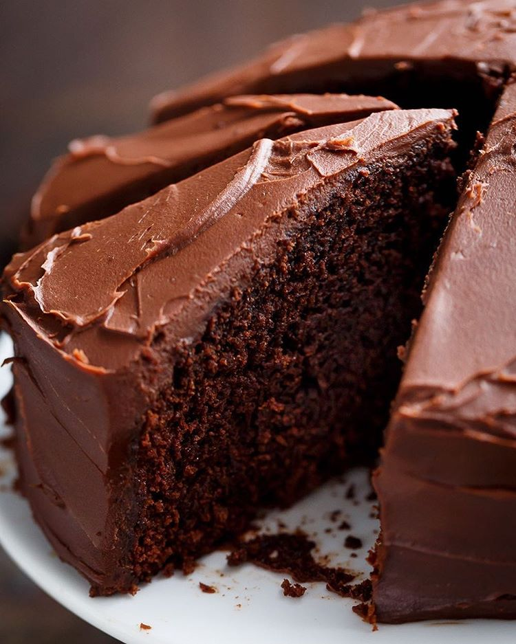 One Bowl Chocolate Fudge Cake By Cafedelites Quick Easy Recipe The Feedfeed