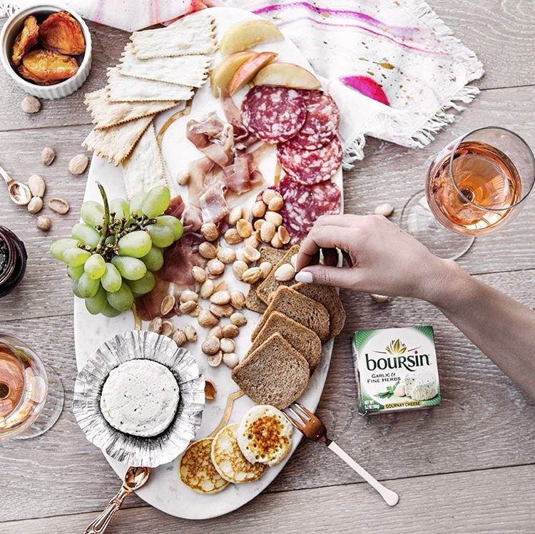 Cheers to cheese, rosé & the weekend w/ this beautiful sweet & savory cheese board ~ fruit, honey…