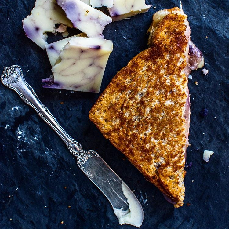 Blueberry Cheddar Grilled Cheese With Ham