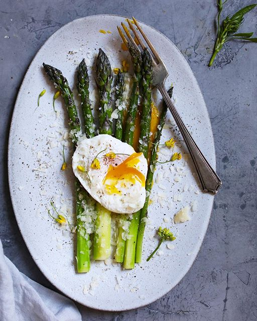 I'm going to spam you with lots of asparagus. Hope you don't mind! Here is a magical trifecta-…