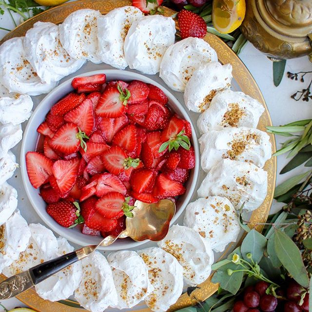 Mini Pistachio Pavlovas With Strawberries