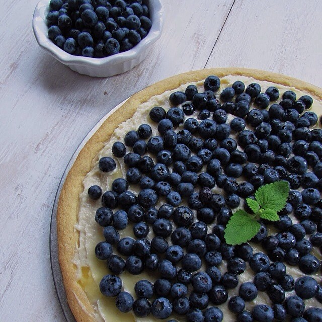 Blueberry Pizza Lemon & Cinnamon