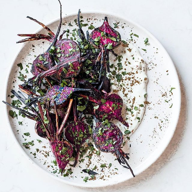 Grilled Beets with Za'atar Lemon Yogurt Sauce. Find the recipe on DUTD today. Direct link in…