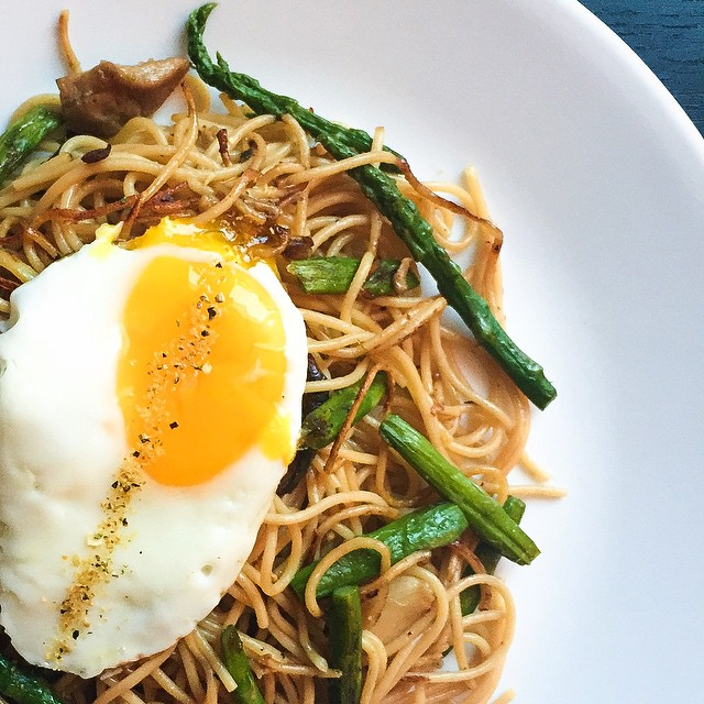 Asparagus Noodles With Fried Egg