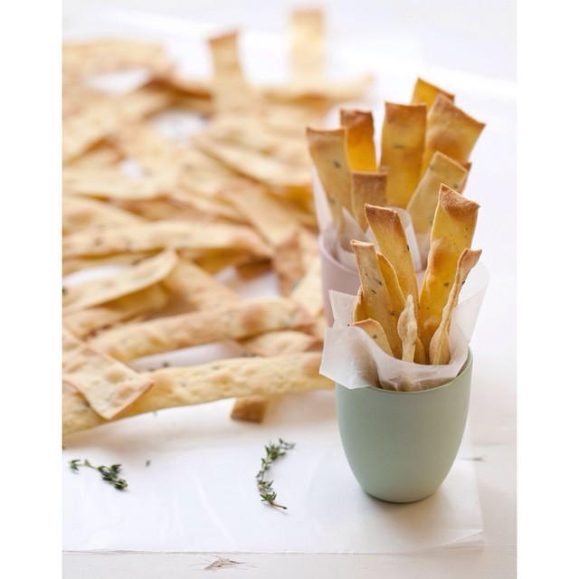 Rosemary & Thyme Semolina Crackers
