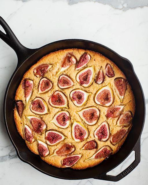 Fig Skillet Cake