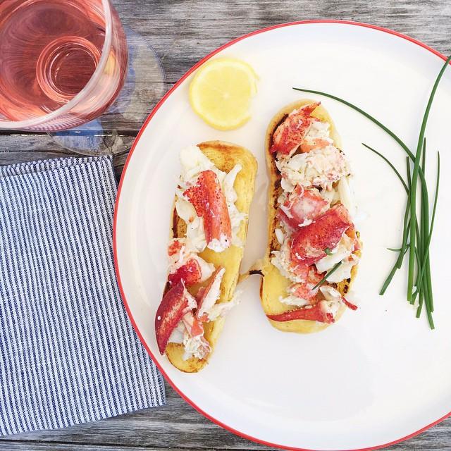 Lobster Rolls With Lemon Vinaigrette And Butter