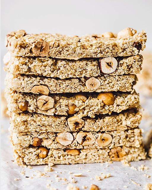 So sunny outside you guys!!! I started my day with these Manuka Honey and Oats Granola Bars and I…
