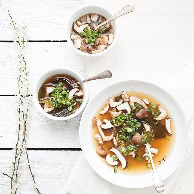 Miso Soup With Ginger & Wakame