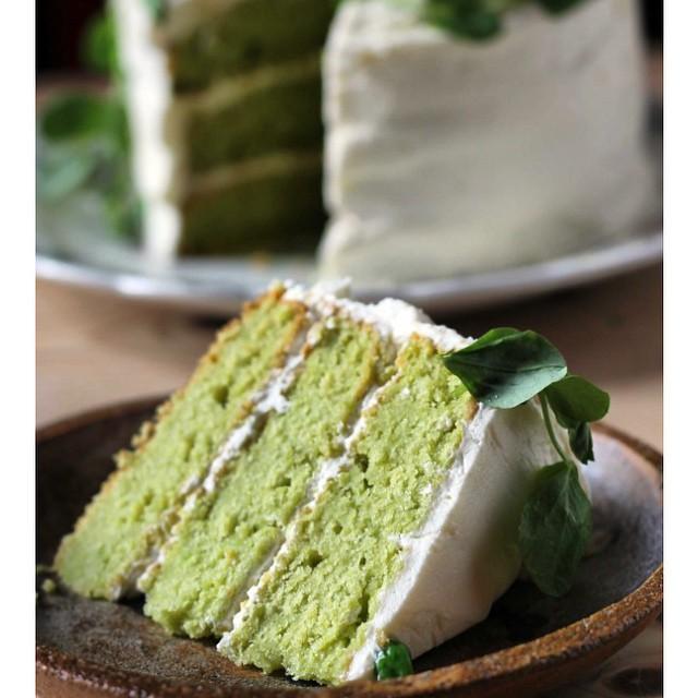 Sweet Pea Vanilla Cake