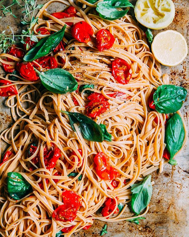 Pasta e basta!! One of my favorite ways to make pasta, is to roast tomatoes or vegetables in the…