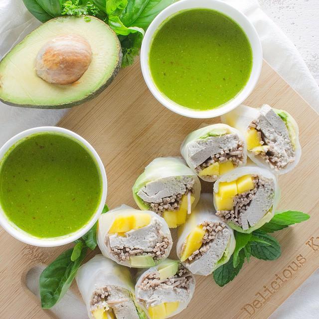 Mango & Avocado Spring Rolls With Spicy Cilantro Dipping Sauce