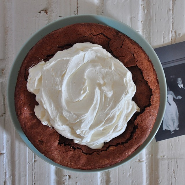 Fallen Chocolate Cake With Mascarpone Whip