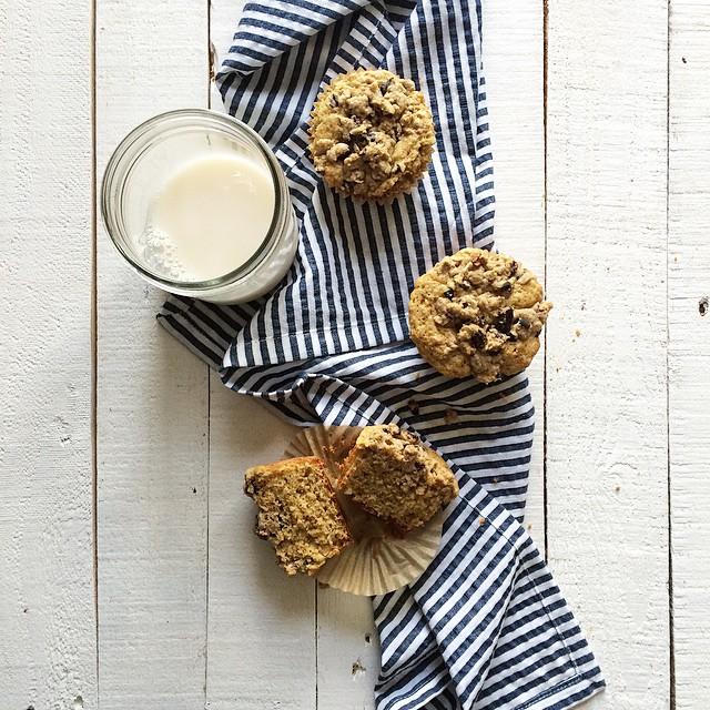 Vanilla Muffins With Cocoa Nib Crumble