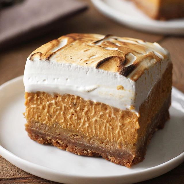 Sweet Potato Pie Bars With Graham Cracker Crust And Toasted Marshmallow Topping