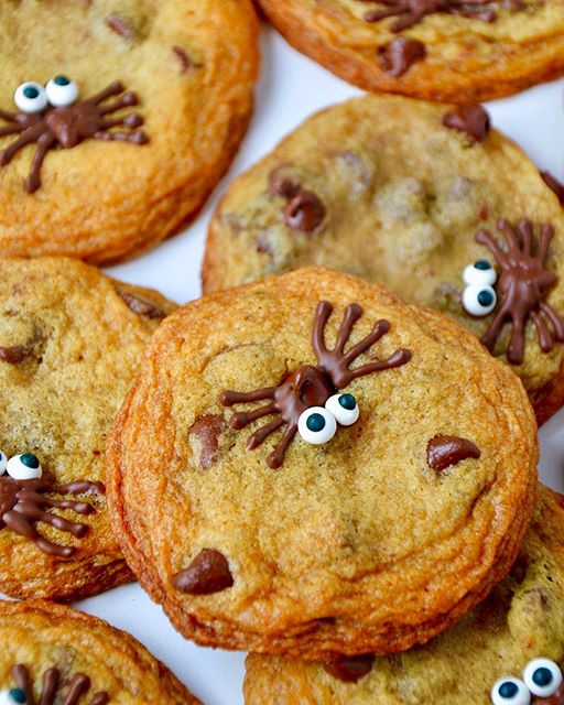 Spooky Spider Chocolate Chip Cookies