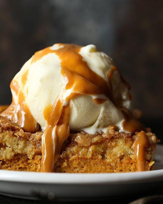 Pumpkin Pecan Toffee Cake