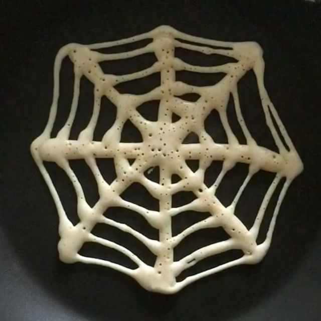 Spiderweb Pancakes