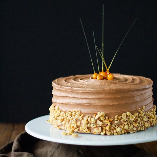 Nutella Buttercream Hazelnut Cake