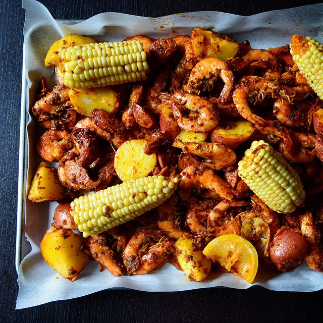 Cajun Shrimp With Beef Sausages, Potatoes, And Sweet White Corn