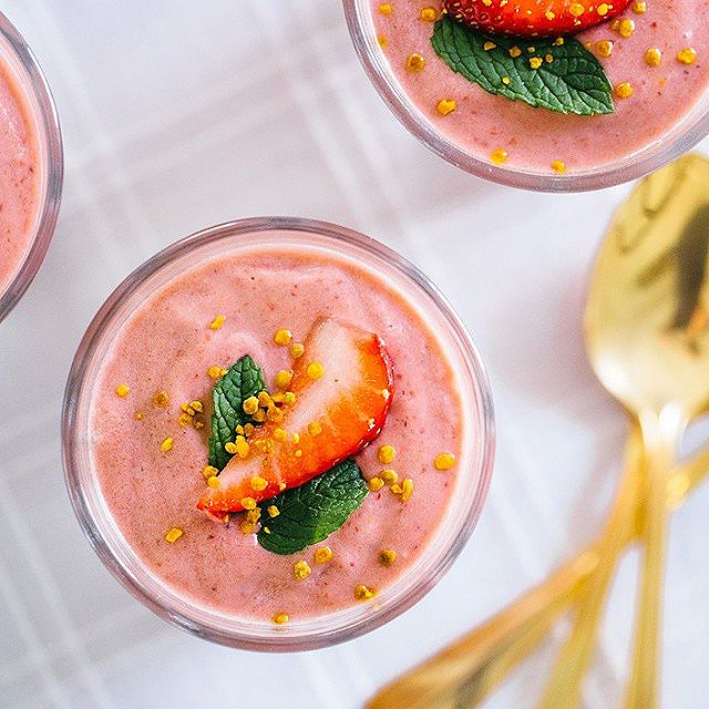 Strawberry, Pineapple And Coconut Smoothie