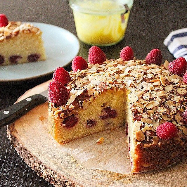 Raspberry And Lemon Curd Almond Torta