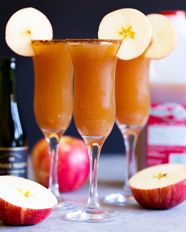 Cinnamon Apple Cider Mimosas