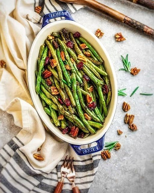 Garlic And Balsamic Roasted Green Beans