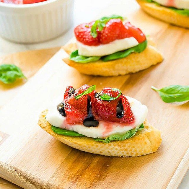 Roasted Strawberry, Basil, & Mozzarella Crostini