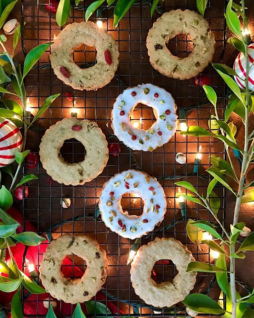 Next up on my holiday cookie roster are these pineapple, sage, goji berry and pistachio shortbread…
