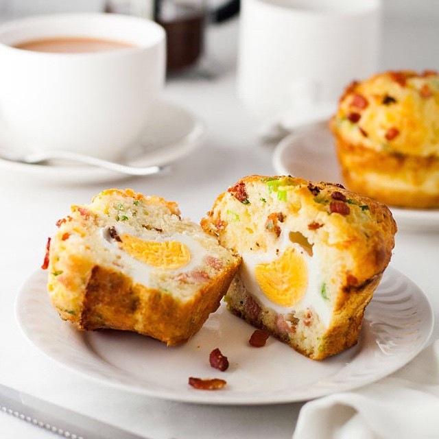Breakfast Egg & Bacon Muffins With Scallions & Cheddar Cheese