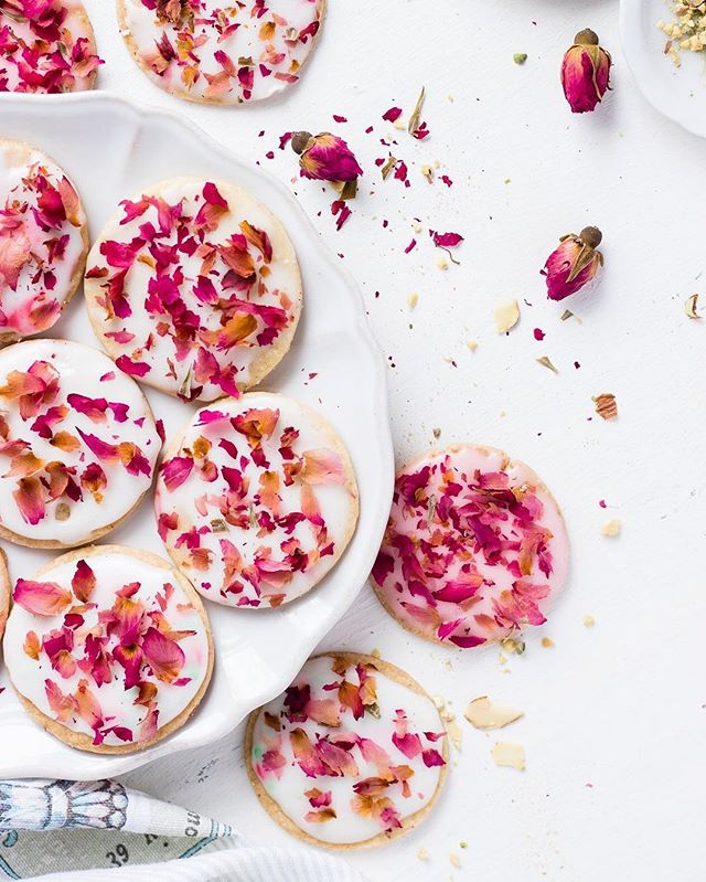 Masala Shortbread Cookies With Rose Glaze