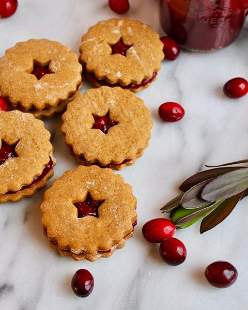 Gingerbread Sandwich Cookies With Cranberry Chia Jam